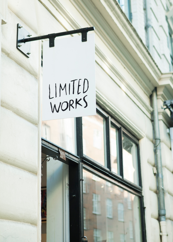 MOB_Limited Works_HR_002